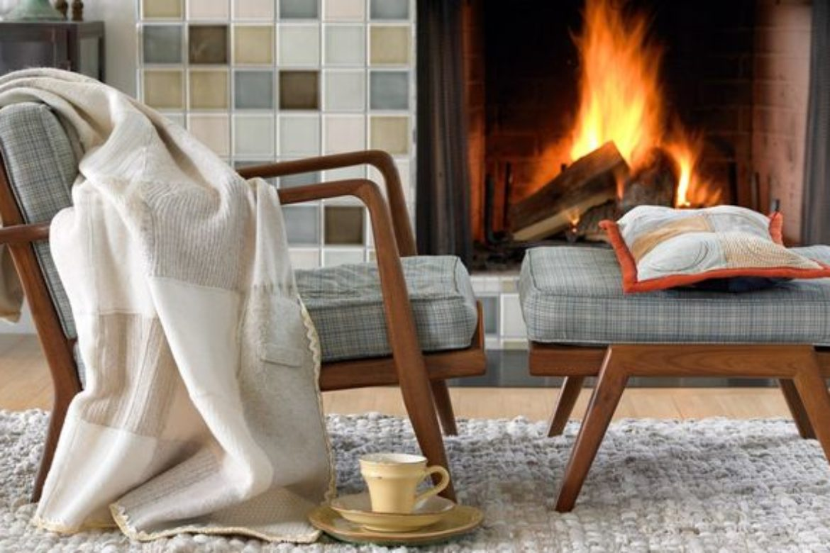 6 Ideas for Decorating with Throws