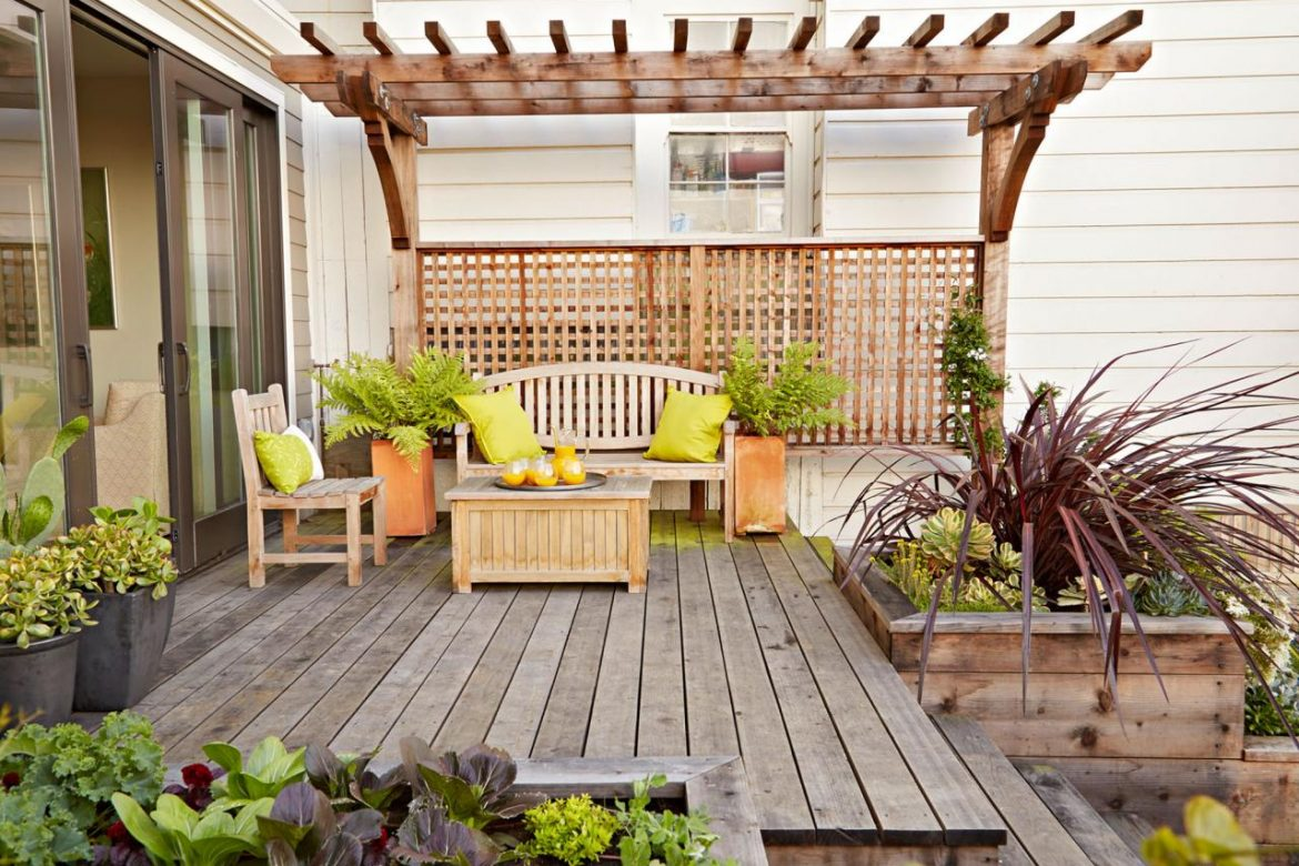 Patio Arrangements for Your Family and Friends Gatherings