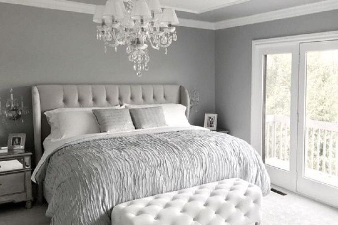 5 Ways to Work the Velvet Headboard in your Bedroom