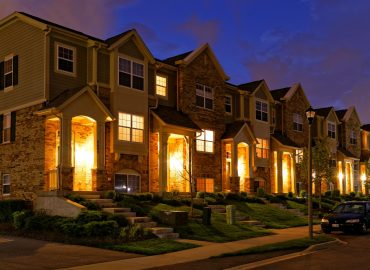 6 advantages of living in a Freehold Townhouse