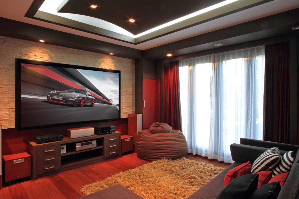 Upgrades For Your Home Theatre You Can Save On During The Holiday Season